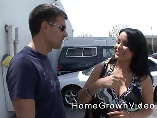 Elf-like Latina MILF swallows a cumshot in front parking lot
