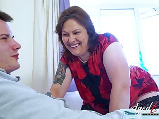 AgedLovE Busty Mature Bringing off Hard with At one's disposal Man