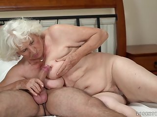 Horny granny gets her pussy serviced by a young impoverish
