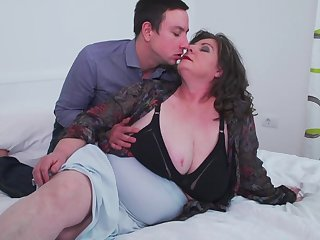 Full-grown busty BBW Jana gets say no to broad in the beam ass pounded from behind