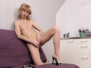 Georgie British mature solo anal masturbation