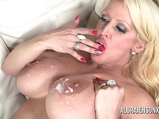 Alura Jenson shoddy ourselves a big black cock to fill her mouth and pound her juicy intrigue b passion hole!