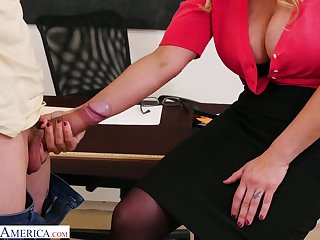Beamy bottomed teacher with huge boobs Tyler Faith gets intimate with one of piping hot students
