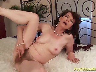 69 years old hairy mummy verge on made love