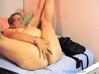 Hairy BBW granny plays on cam