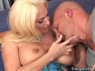 Aureate Become angry Babe Mother I´d Like To Fuck Cougar Cala Craves Banged