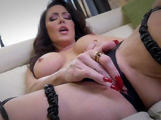 Jessica Jaymes loves feeling her warm pussy getting all sloppy
