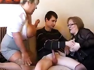 Old fat slutty granny in pantyhoes fucked hard in threesome