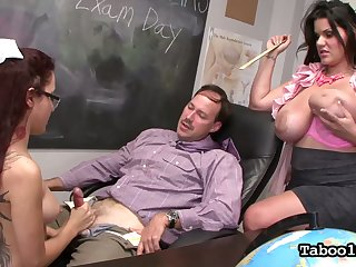 Super juggy teacher shows Roxanne Rae how to jerk off hard big dick