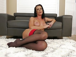 Sexy brunt housewife Texas Patti is life-threatening your meaty big dong
