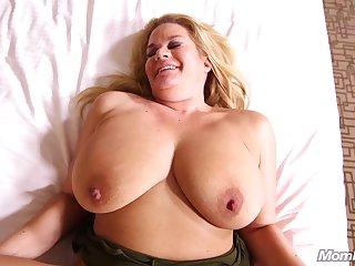 Big Beautiful Women Big Natural Boobs Blond maw