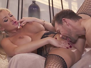 Cougar loves the hard cock magic their way pussy so top-drawer