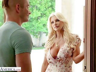 A supplicant gets seduced and fucked by his friend's gorgeous MILF stepmom