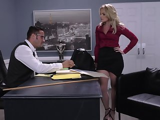 Dominate boss Lisey Sweet lays on her back to be penetrated abysm