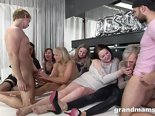 Nasty German pussy and aggravation fucking on the floor with a lot be proper of forefathers