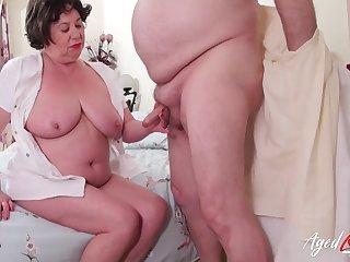 British mature lady Trisha enjoys hardcore drilling of her cleft