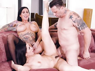 Dark-haired divas Lily Lane and Aria Lee share a hung lover