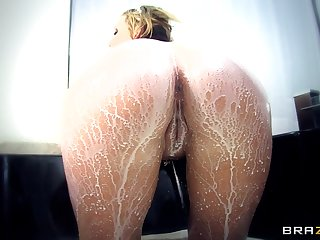 Dirty pussy and ass making out likelihood future thither pretty good Nikki Sexx