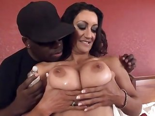 Steadfast interracial sex almost washed out mom Persia Sombre